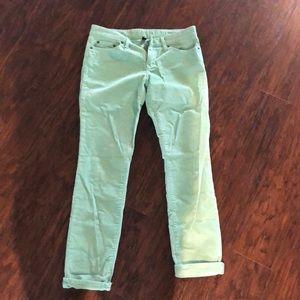 Gap green quarteroid pants